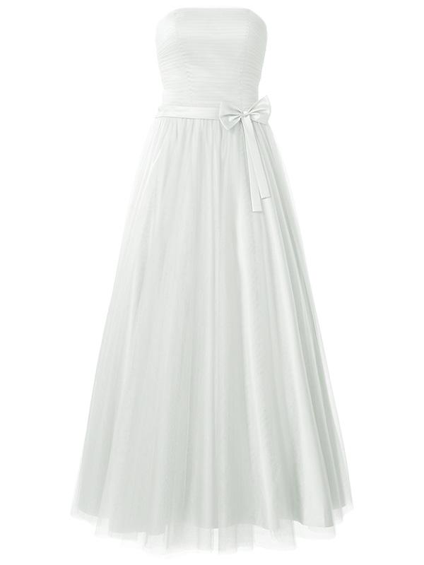 deze strapless bruidsmode jurk is gemaakt van tulle